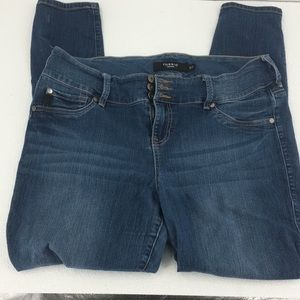 Torrid Womens Blue  Jeans 18 T Stretch